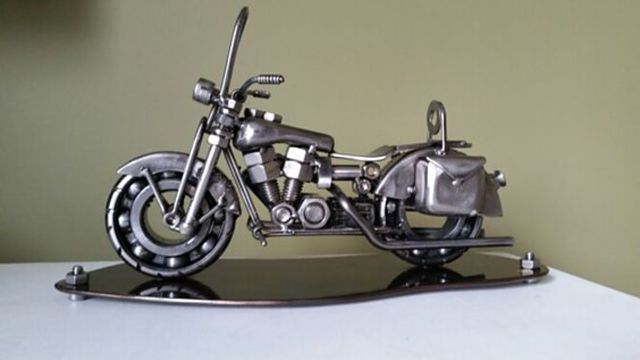 Miniatur Motor Dari Besi Atau Baut Bekas